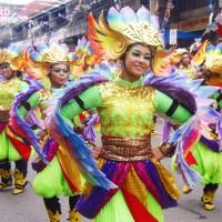 フィリピン最大のお祭り・シヌログ2015